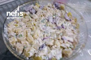 Kırmızı Soğanlı Patates Salatası Tarifi