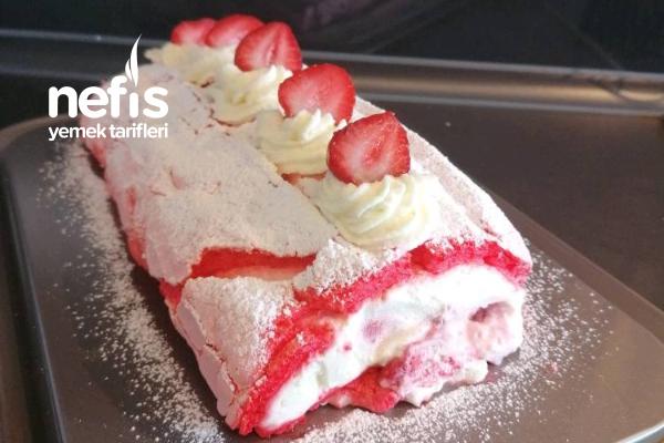Çilekli Rulo Pasta (Unsuz) Tarifi