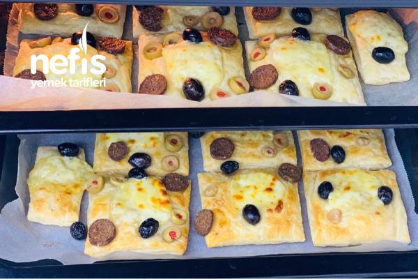 Milföylü Mini Pizzalar Tarifi