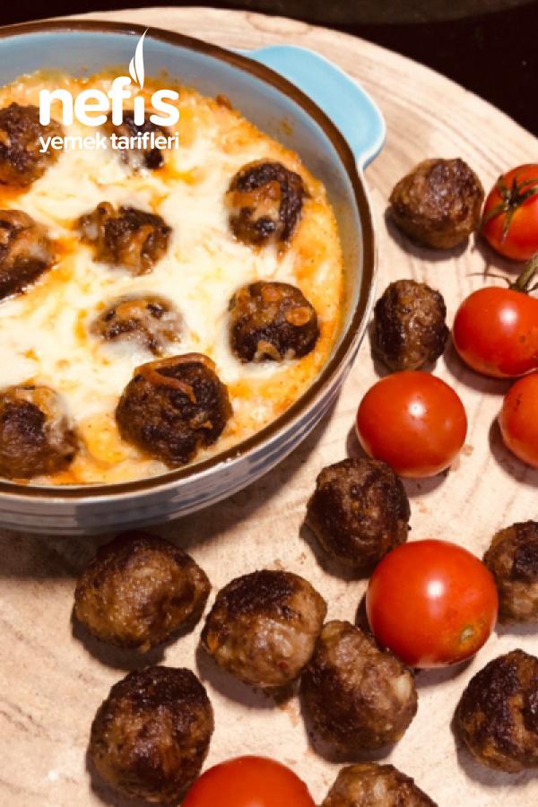 Muhteşem Lezzetiyle Püreli Köfte Kebabı