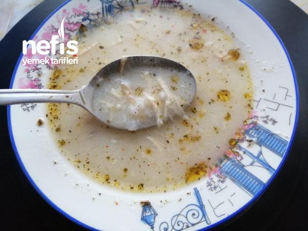 Pirinçli Tavuk Çorbası Sarımsaklı – Limonlu (Favoriniz Olacak)