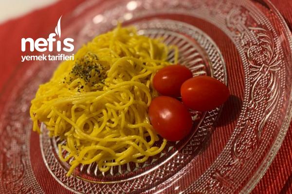 Köri Soslu Spagetti Tarifi