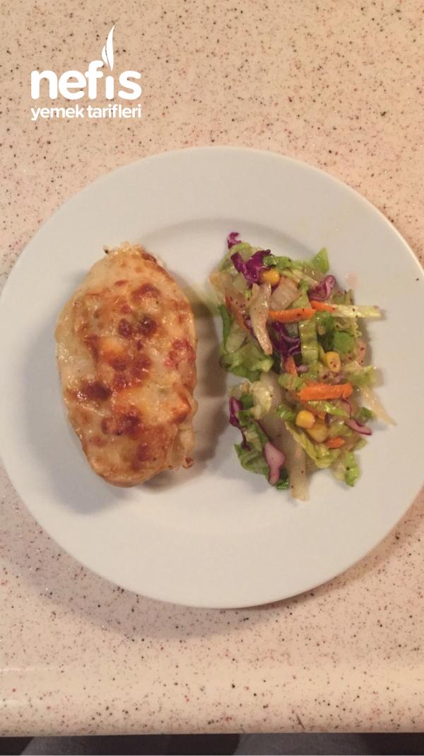 Patates Çanağında Beşamel Soslu Ve Kaşarlı Tavuk Sote