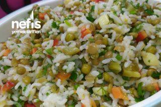 Pirinçli Rengarenk Yedirdikçe Yedirten Salata Tarifi
