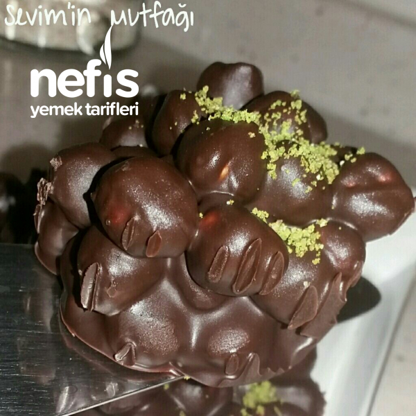 Çikolatalı Fındık Topları