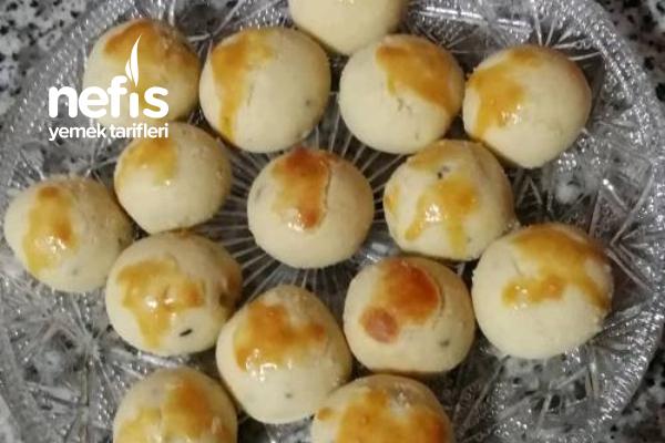 Çörek Otlu Kurabiye (Bayatlamayan 170 Adet) Tarifi