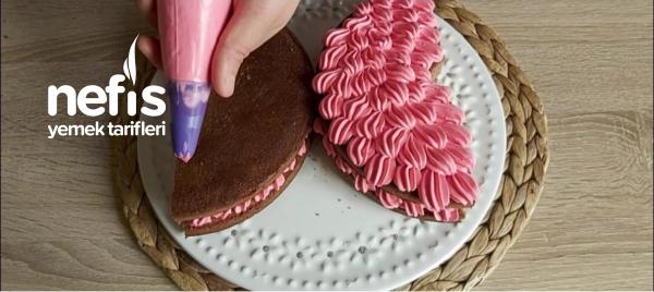 Kelebek Şeklinde Pasta Yapımı /fırın Gerektirmeyen Pasta Tarifi ( Videolu )