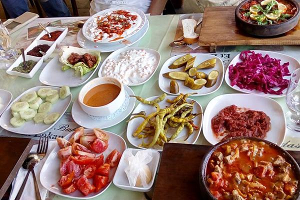 han odası saklı bahçe et lokantası nevşehir