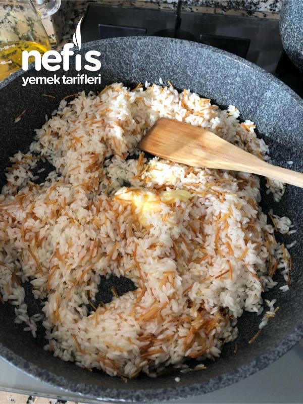 Tel Şehriyeli Pirinç Pilavı