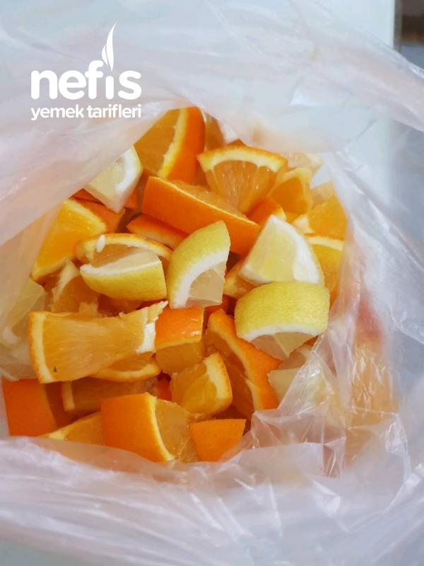 Buzlukta 1 Limon 2 Portakal (Yazın limonata yapmak İçin)