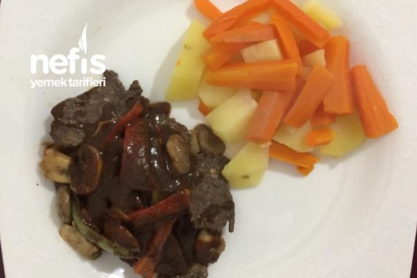 Balsamik Soslu Sebzeli Et Yemeği ( Garnitürlü) Tarifi