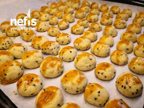 Çörek Otlu Mini Kurabiye – Bayatlamayan Kıyır Kıyır Tuzlu Kurabiye
