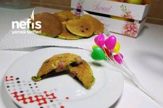 Ispanaklı Çilekli Damla Çikolatalı Pankek (Kendi Tarifim)
