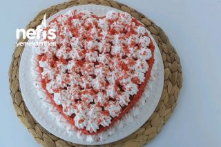 Kırmızı Kalpli Pasta Yapımı / Bu Pastayı Yapmak O Kadar Kolay Ki ( Videolu ) Tarifi