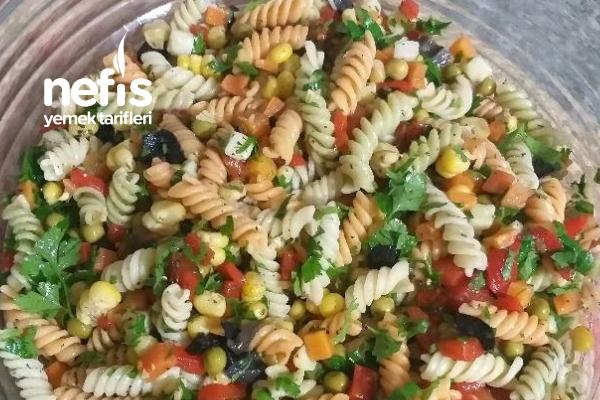 Bol Renkli Makarna Salatası Tarifi