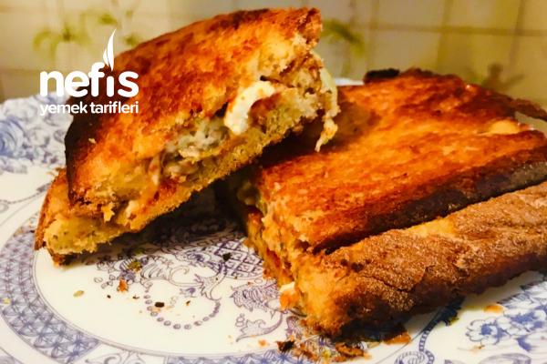 İki Peynirli Köy Ekmeğinde Çıtır Tost Tarifi
