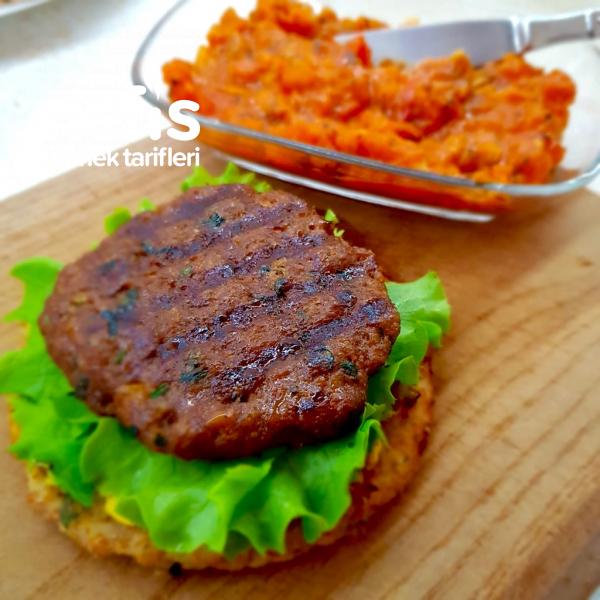 Karnabahar Burger (Buzluk Köftesi Tarifiyle)