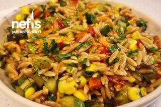 Çay Saatlerinin Renkli Yüzü Arpa Şehriye Salatası (Videolu) Tarifi