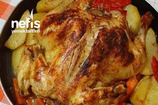 Fırında Sebzeli Bütün Tavuk Tarifi