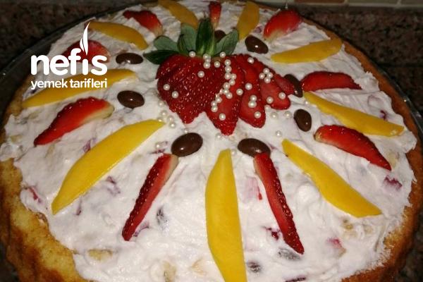 Tart Kalıbında Yaş Pasta Tarifi