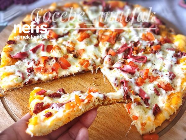 Tavada Mayasız 15 Dk Da Pişen Kolay Pizza