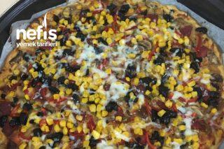 İncecik Hamurlu Pizza Tarifi