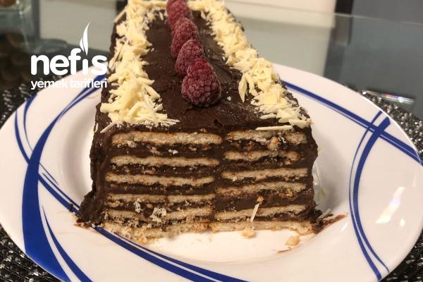 Kat Kat Pudingli Bisküvi Pastası Tarifi