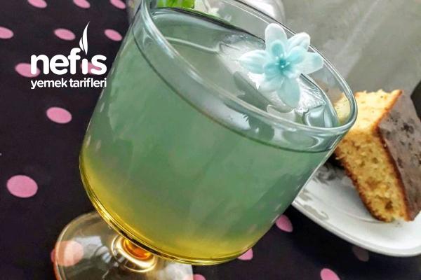 Lavantalı Limonata (Yaz Kış İçilebilir) Tarifi