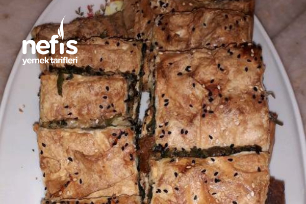 Yalancı Su Böreği (Köy Yufkası İle) Tarifi