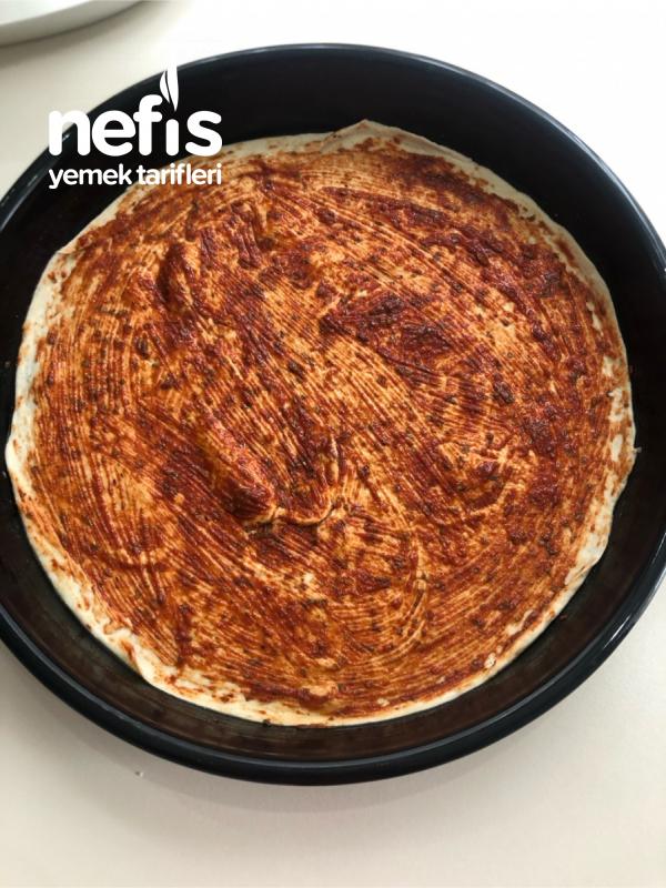 Ekmek Hamuruyla Harika Pizza Tarifi