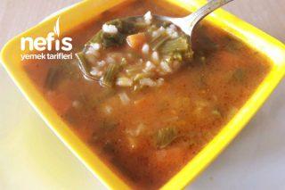 Ispanak Sapı Çorbası (Hem Vitaminli Hem Lezzetli) Tarifi