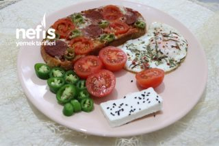 Pratik Ekmekli Pizza Tarifi