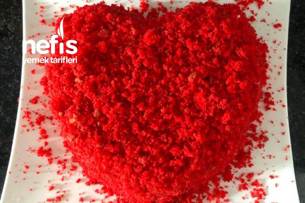 Kırmızı Kadife Pasta (Aşk Pastası) Tarifi