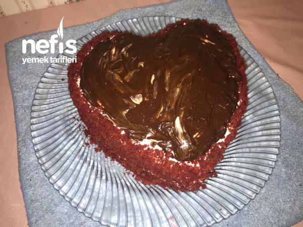 Sevgililer Gününe Özel Kalp Pasta