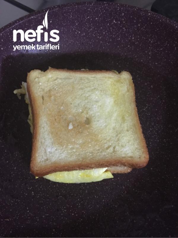 Yumurtalı Tost Tavada