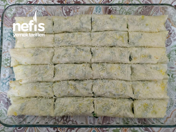 Ispanaklı Peynirli Lavaş Börek