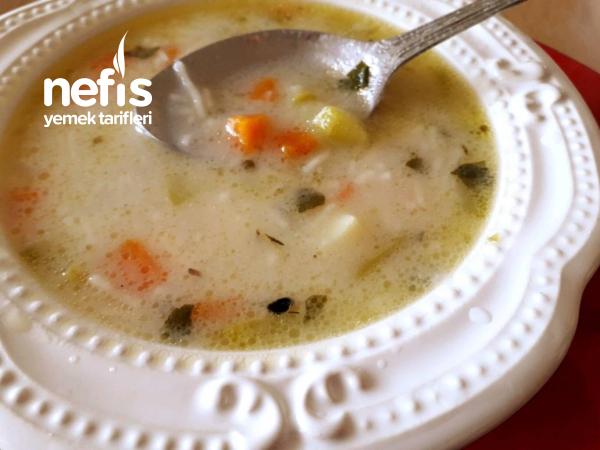 Sebzeli, Terbiyeli, Tel Şehriye Çorbası. (Vitaminli, Çok Lezzetli).