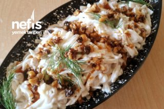 Nefis Gün Salatası (Cevizli Nohutlu Erişte Salatası) Tarifi