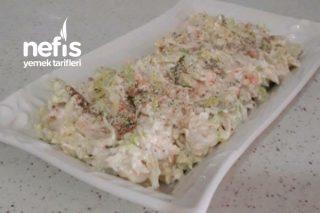 Yoğurtlu Marul Salatası Tarifi