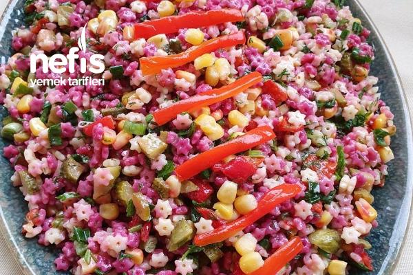 İki Renkli Şehriye Salatası Tarifi