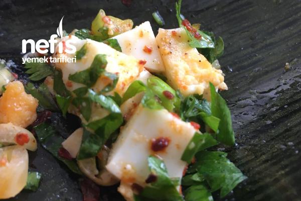 Yumurta Sevdiren  Yumurta Salatası Tarifi