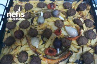 Fırında Mangal Tadında Köfte Patates Tarifi