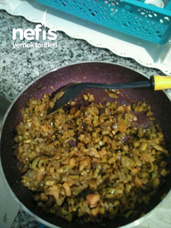 Patlıcanlı Enfes Börek