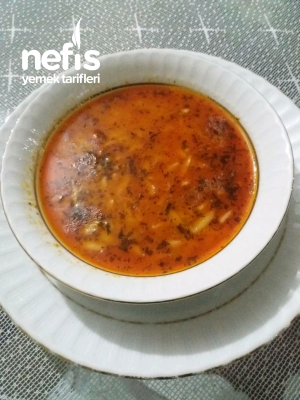 Tavuk Suyuna Arpa Şehriye Çorbası