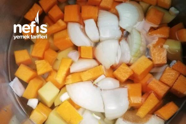 Sütlü Balkabağı Çorbası (Kolay Yöntem)