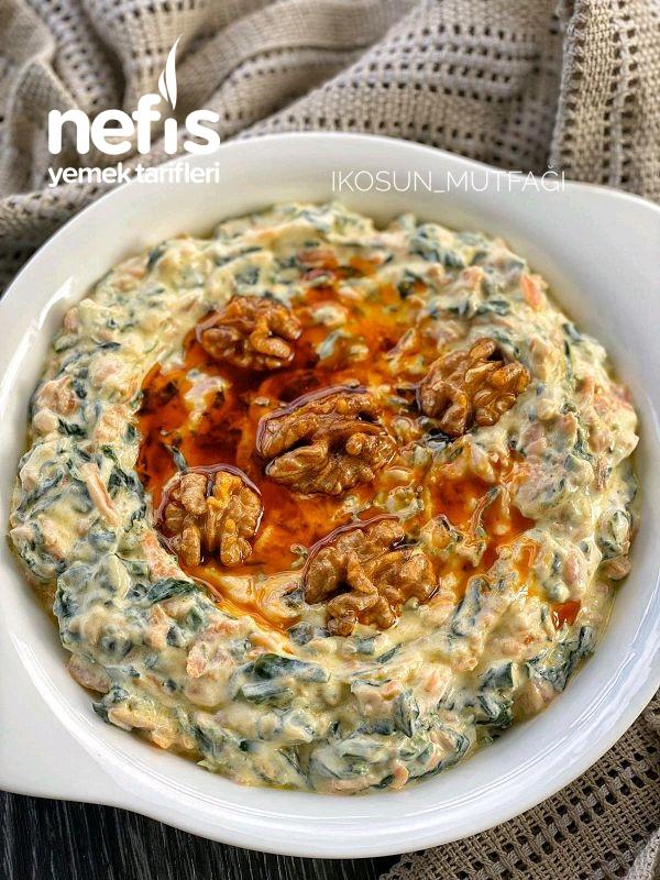 Yoğurtlu Havuçlu Ispanak Salatası