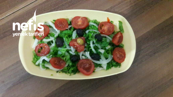 Soğanlı Roka Salatası