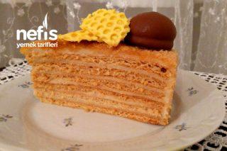 Medovik Ballı Pasta (Rus Mutfağı) Tarifi