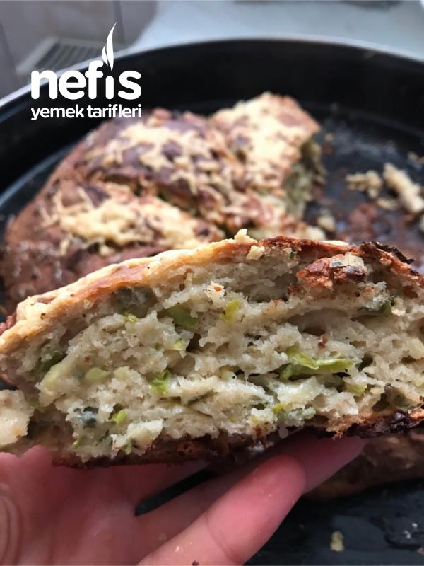 Kahvaltılık Bol Yeşillikli Ekmek