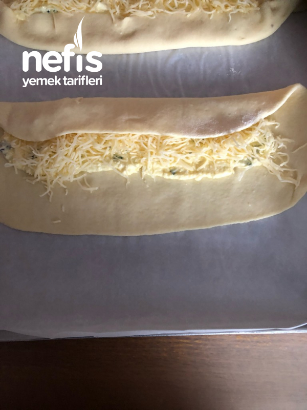Peynirli Kasarli Pide